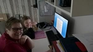 Julia schreibt - Oma hilft ;-)
